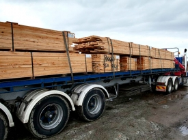 semi-load-of-6x1s-Baillieu-job-Boneo